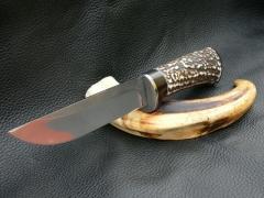 Nagy méretű egyedi kés